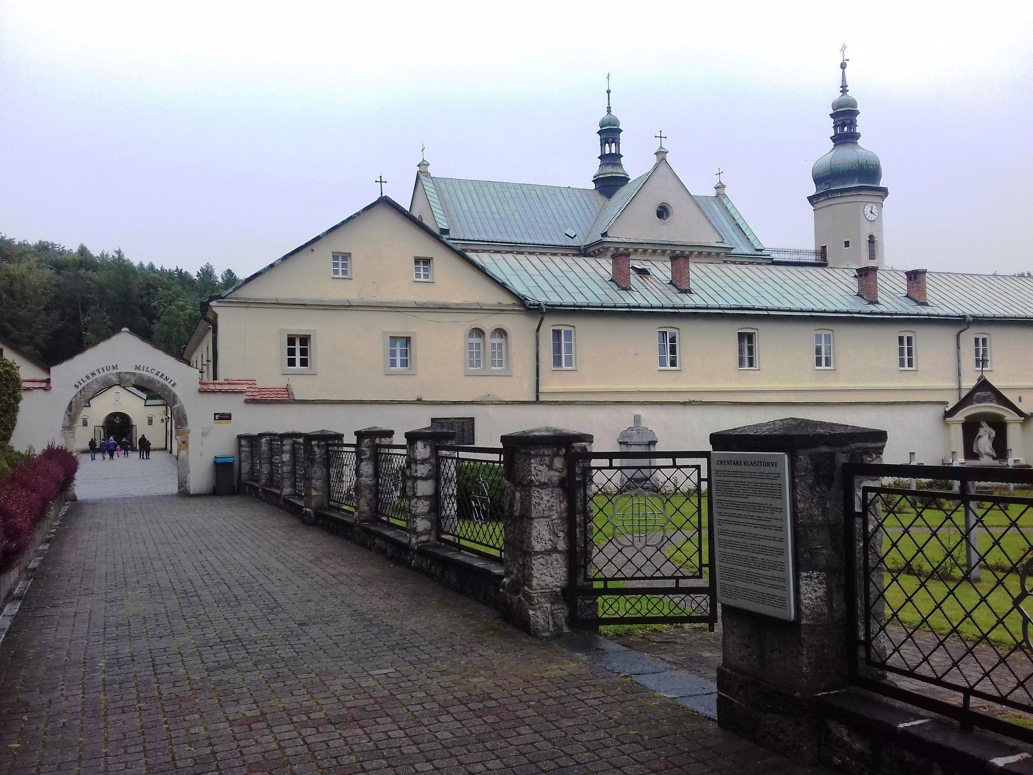 Krzeszowcie - Klasztor Karmelitów Bosych